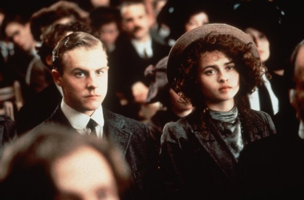 howards-end-1992-006-samuel-west-helena-bonham-carter-bfi-00m-qk8.jpg
